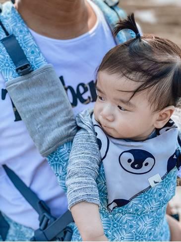 在炎熱的天氣裡,酷涼墊可以讓寶寶保持涼爽3