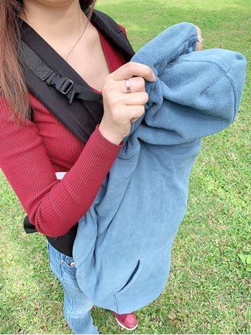 IBQ多功能保暖罩材質輕膚、柔軟,觸感非常舒服2