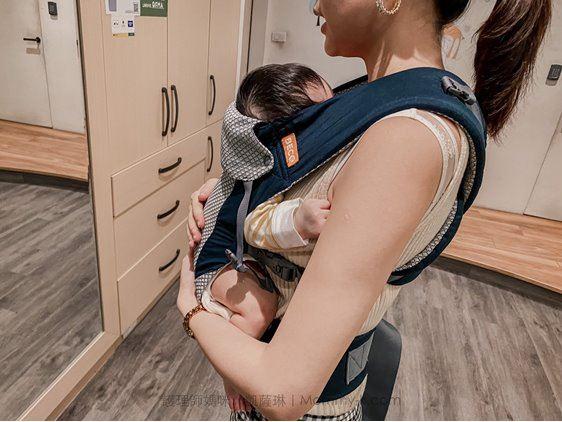 護理師媽咪katherine推薦BECO雙子星透氣款背巾