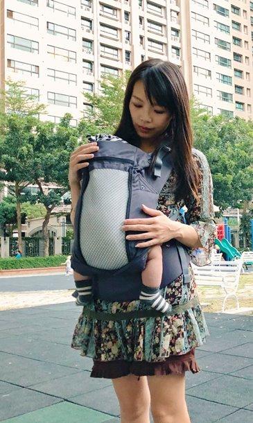 千千麻麻Beco8天王星嬰兒背巾