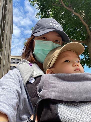 【育兒好物】從出生用到大一條搞定的BECO天王星背巾分享