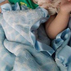 Max Daniel動物紋寶寶毯天藍長頸鹿寶寶毯子示意圖