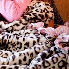 Max Daniel動物紋寶寶毯粉邊美洲豹寶寶毯子示意圖